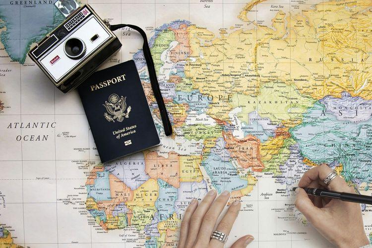 Ilustrasi paspor