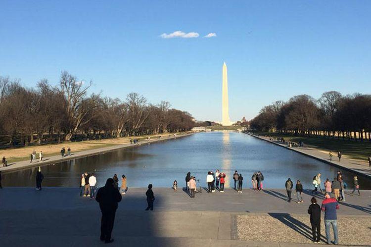 National Mall di Washington DC adalah komplek seluas 3,2 km yang dibangun untuk menghormati para leluhur dan pahlawan yang telah berjasa dalam perjalanan sejarah Amerika Serikat.