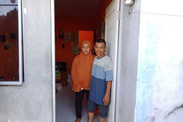 Ason Sopian, warga Kavling Kamboja Blok B1 Nomor 87 RT 004 RW 015 Kelurahan Sei Pelenggut, Kecamatan Sagulung, Batam, Kepulauan Riau (Kepri) tidak pernah menyangka apa yang telah dilakukannya malah menjadi viral seperti sekarang ini.