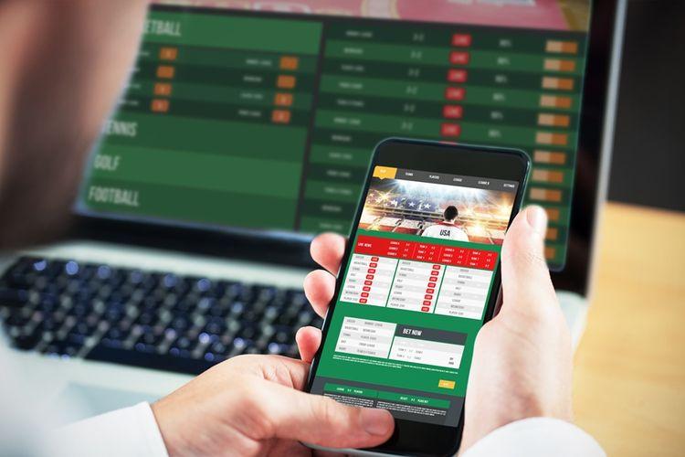 Ilustrasi perjudian online melalui aplikasi ponsel pintar.