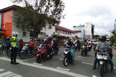 Samarinda Berlakukan Markah Physical Distancing bagi Pengendara Sepeda Motor