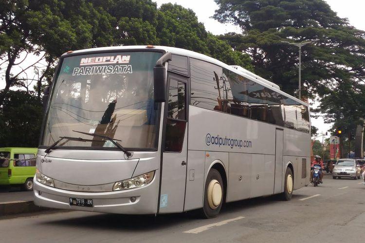 Bus Neoplan
