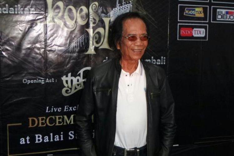 Yon Koeswoyo diabadikan dalam jumpa pers konser Andaikan Koes Plus Datang Kembali di Hotel Grand Kemang, Jakarta Selatan, Rabu (16/11/2016).