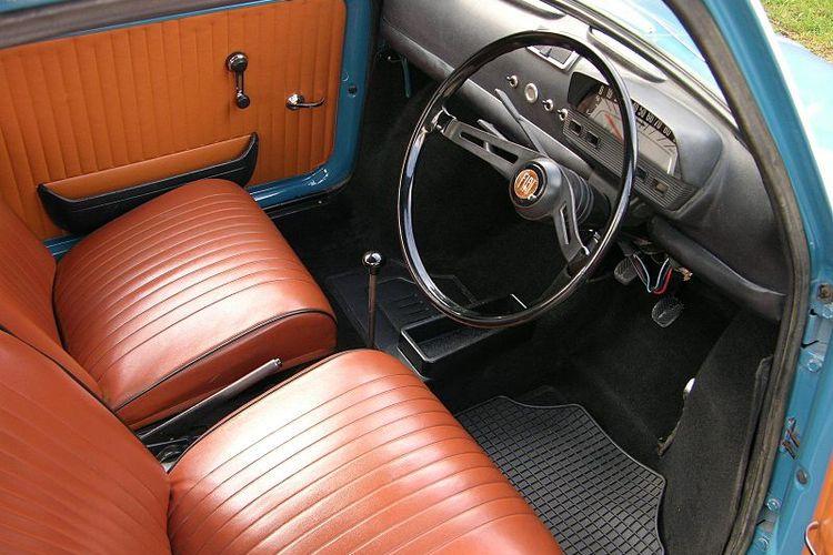 Ilustrasi interior Fiat 500 L