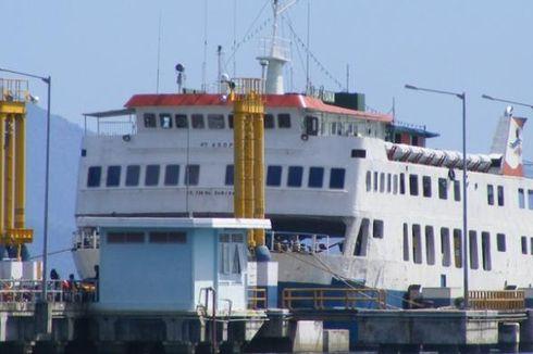 Avanza Tercebur ke Selat Sunda dari Atas Kapal Feri
