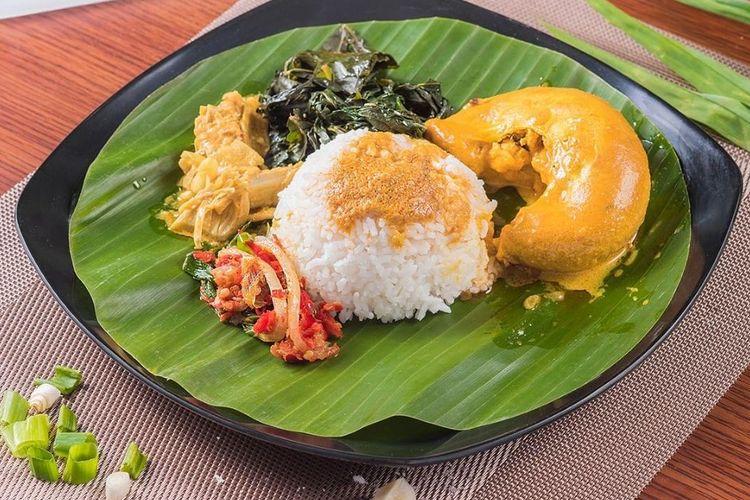 Salah satu menu makanan di Nasi Kapau Langganan.