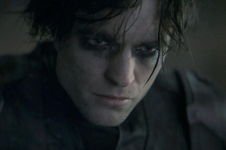 Robert Pattinson sebagai Batman dalam film The Batman