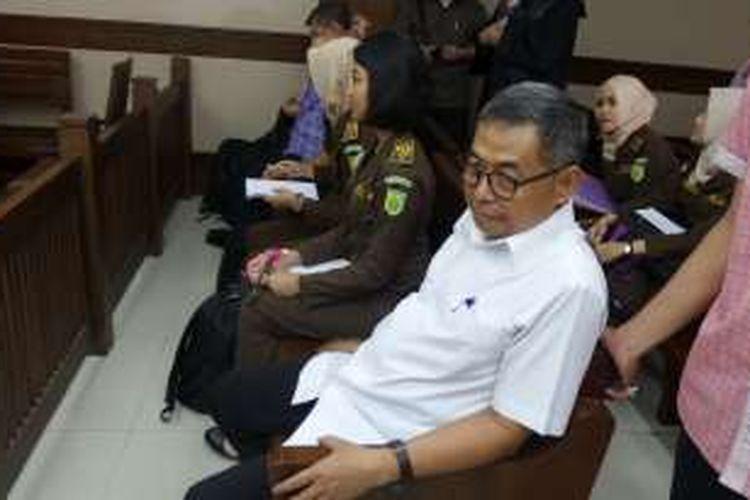 Kepala Dinas Prasarana Jalan, Tata Ruang dan Pemukiman Provinsi Sumatera Barat Suprapto di Pengadilan Tipikor Jakarta, Rabu (14/9/2016).