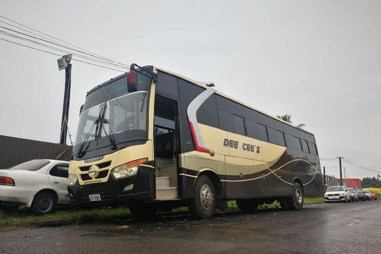 Bus kaca belah