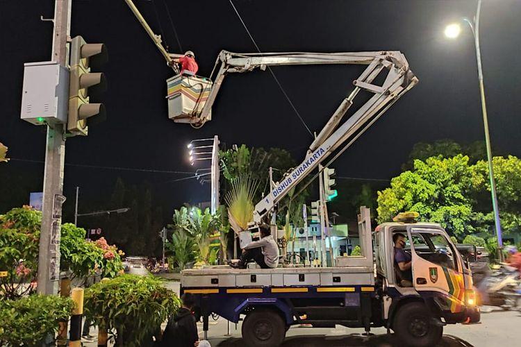 Pemasangan kamera tilang elektronik di Solo, Jawa Tengah