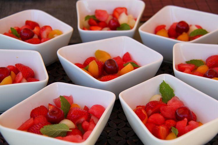 Ilustrasi salad buah.