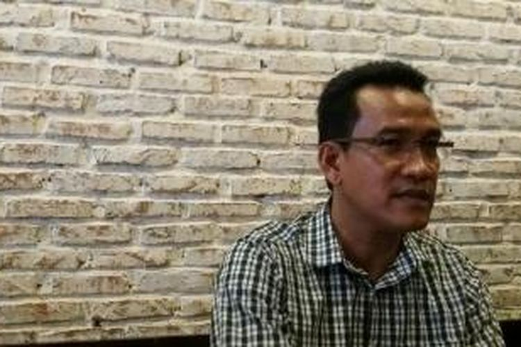 Pakar Hukum Tata Negara Refly Harun dalam konferensi pers bersama KoDe Inisiatif di M.H. Thamrin, Jakarta, Minggu (11/10/2015)