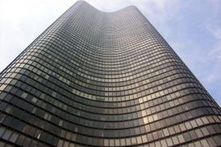 Lake Point Tower merupakan pencakar langit karya mendiang George Schipporeit.