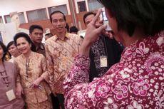 Tak Berani Dekati SBY, Ibu-ibu Minta Foto Bareng Jokowi
