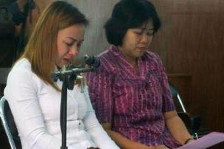 Tran Thi Bich Hanh alias Asyin (baju putih), warga negara Vietnam yang menjalani hukuman mati karena kasus penyelundupan narkotika.