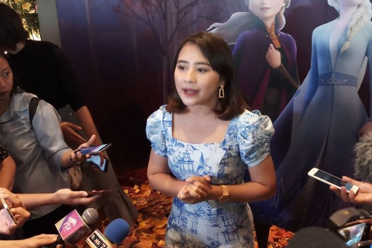 Artis peran Prilly Latuconsina saat ditemui di XXI Epicentrum, Kuningan, Jakarta Selatan, Sabtu (30/11/2019).