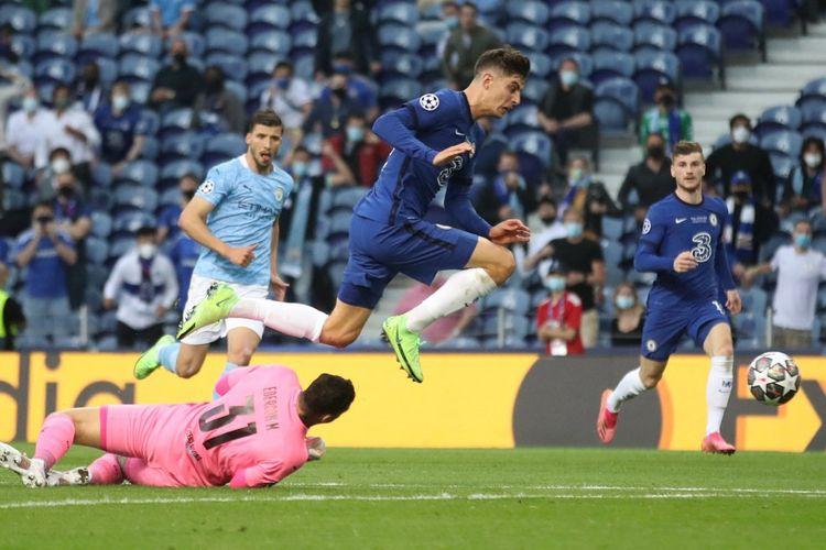 Gelandang Chelsea Kai Havertz mencetak gol pertama timnya pada laga final Liga Champions kontra Manchester City di Stadion Dragao, Porto, pada Minggu (30/5/201) dini hari WIB.