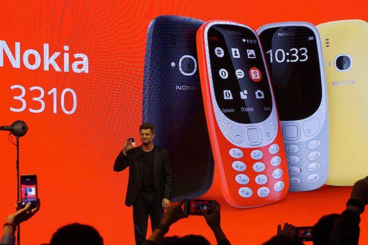 CEO HMD Global, Arto Nummela dalam peluncuran Nokia 3310 baru di MWC 2017, Minggu (27/2/2017).