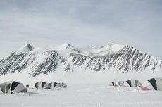 Bukan Lelucon, Ada Magma Panas di Bawah Antartika