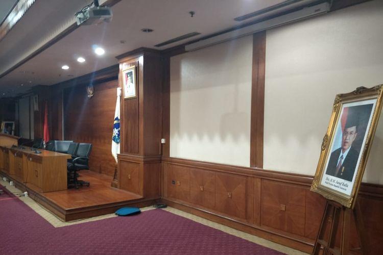 Kantor Walikota Jakarta Utara belum pasang foto resmi Jokowi Maruf Amin, Senin (21/10/2019)