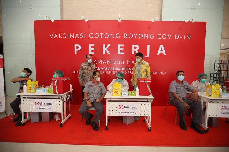 Karyawan yang mendapatkan vaksin dalam program Vaksinasi Gotong Royong tidak dibebankan biaya apa pun.