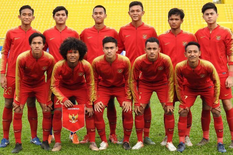 Timnas U-18 berfoto sebelum menjalani laga Piala AFF U-18 2019.