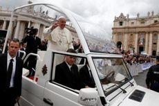 Paus Fransiskus Akhirnya Singkirkan