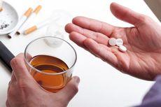 Depresi hingga Pendarahan, Sederet Bahaya Minum Obat dengan Alkohol