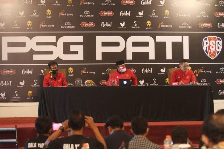 Klub Liga 2 2020, Putra Sinar Giri (PSG) Gresik berganti nama Putra Safin Group (PSG) Pati dan berpindah home base ke Kabupaten Pati Jawa Tengah di launching pada Minggu (27/12/2020) siang.