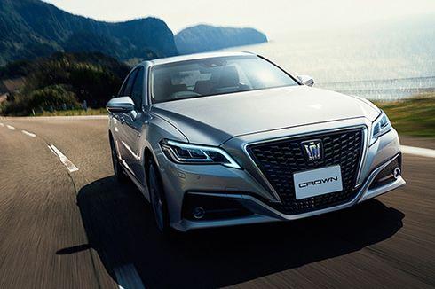 Toyota Tawarkan Crown Hybrid untuk Mobil Dinas Menteri?