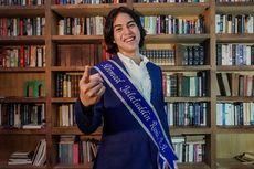 Wisuda Online, El Rumi Siapkan Jas hingga Selempang Sendiri
