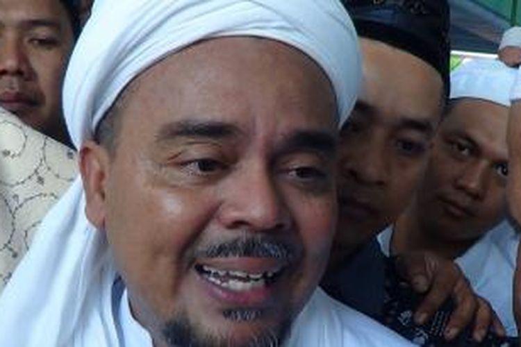 Rizieq Shihab. Foto diambil setelah Rizieq memberikan ceramah pada acara Haul KH Thohir bin Abdul Lathif, di Buaran, Pekalongan, Senin  (4/8/2014).