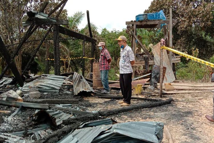Kondisi rumah Macong (52) warga Nunukan Kaltara. Rumah ludes tak bersisa karena terbakar. Diduga kelalaian keluarganya yang lupa mematikan kompor gas