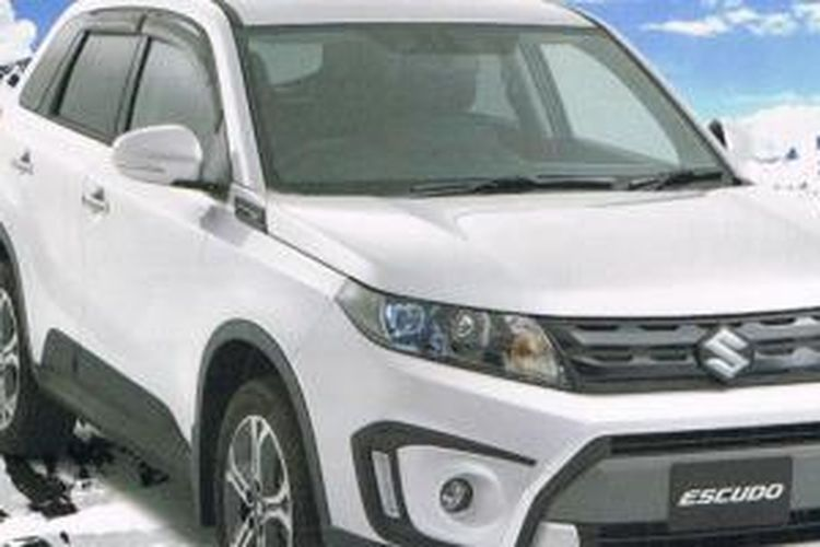 Suzuki Escudo atau Vitara model terbaru.