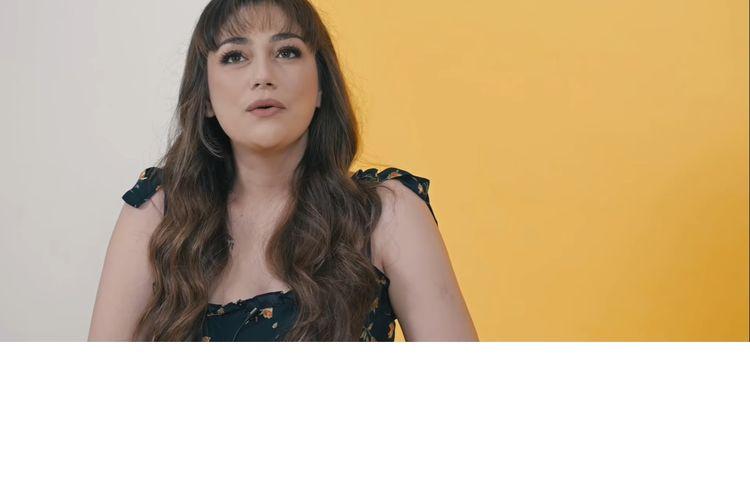 Celine Evangelista akhirnya buka suara terkait hubungan rumah tangganya dengan Stefan William yang dikabarkan tengah bermasalah.