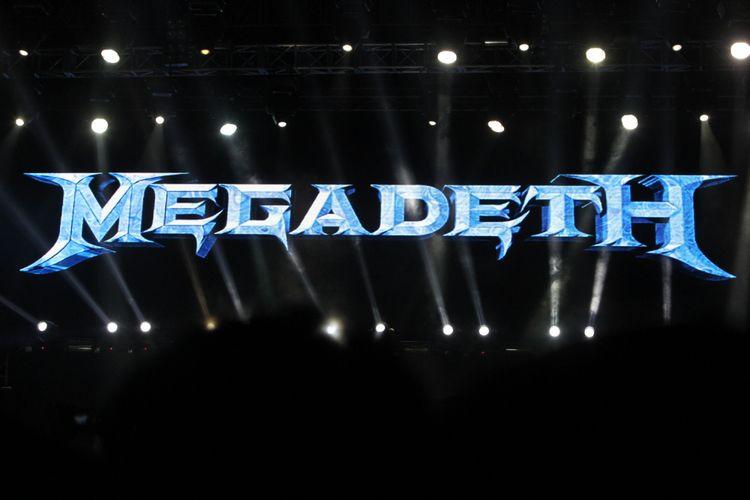 Band metal Megadeth beraksi saat tampil di acara Hammersonic Festival, Ecopark, Ancol, Jakarta Utara, Minggu (7/5/2016). Megadeth menjadi salah satu band yang ditunggu penggemar musik metal di acara Hammersonic Festival. Selain itu, sejumlah band metal dalam dan luar negeri ikut mengisi antara lain Seringai, Revenge The Fate, Trojan, The Black Dahlia Murder, Whitechapel, hingga Northlane.