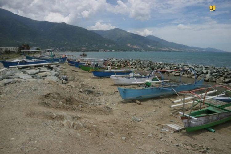 Tanggul Pantai Silebeta, Provinsi Sulawesi Tengah.