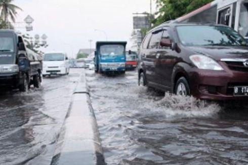 Keluarkan Peringatan Dini Hujan dan Angin Kencang, BPBD DKI Imbau Antisipasi Banjir