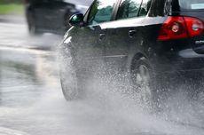 Mulai Masuk Musim Penghujan, Simak Tips Atasi Ban Mobil Selip