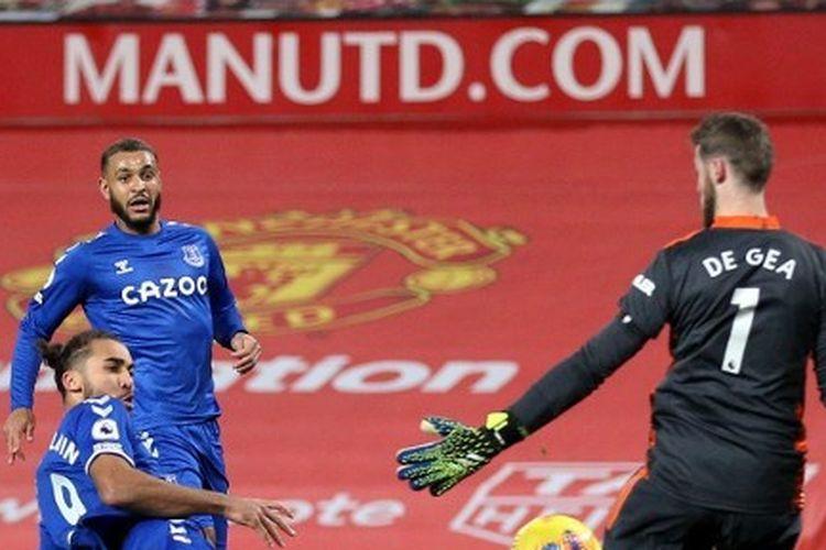 Dominic Calvert-Lewin mencetak gol dalam laga Manchester United vs Everton. Pertandingan pekan ke-23 Premier League 2020-2021 yang dilangsungkan di Stadion Old Trafford, Sabtu (6/2/2021) malam waktu setempat itu berakhir imbang 3-3.