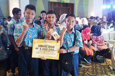 Siswa SMP Ponorogo Bikin Alat Pengaman Sepeda Motor dengan KTP dan SIM, Simak Caranya..