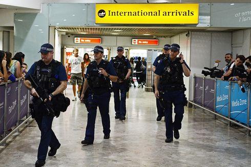 Perempuan Diduga Pengantin ISIS Ditahan di Bandara Inggris