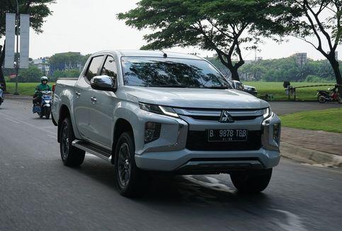 Sensasi Performa Mitsubishi Triton di Jalan Raya dan Medan Offroad