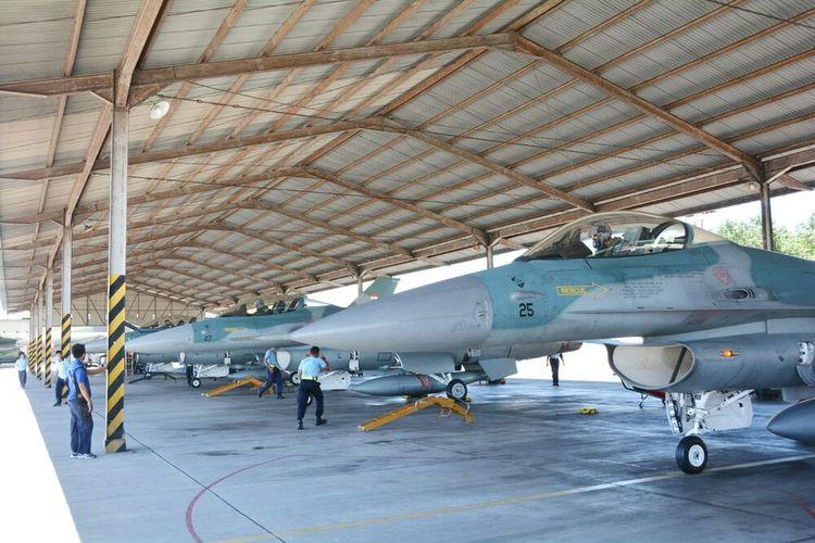 Tujuh pesawat tempur F16 Skadron Tiga Lanud Iswahjudi siap terbang ke Darwin mewakili TNI AU latihan bersama dengan Royal Australian Air Force (RAAF) di Darwin, Australia.