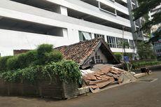 Cerita Pemilik Rumah Reyot di Dalam Kompleks Apartemen Mewah, Diteror Preman agar Pindah