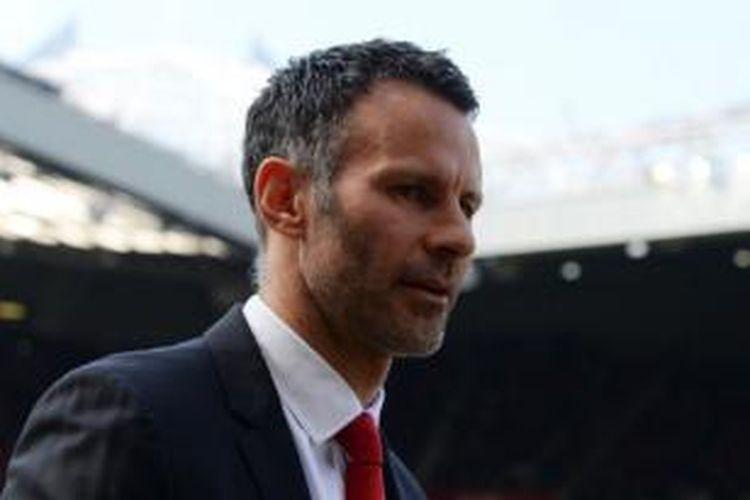 Ryan Giggs memutuskan pensiun sebagai pemain. Giggs akan meneruskan karier sebagai asisten Louis van Gaal di Manchester United.