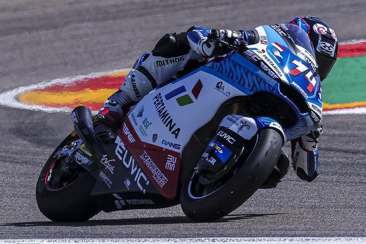Pebalap Pertamina Mandalika SAG Team, Piotr Biesiekirsky, saat berlaga pada Moto2 Aragon 2021