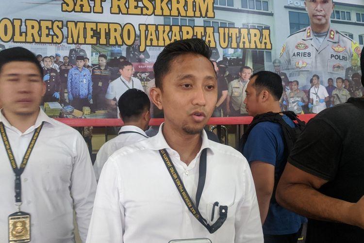 Wakasat Reskrim Polres Metro Jakarta Utara Kompol Arief Ardiansyah memberi keterangan di Mapolres Metro Jakarta Utara, Senin (20/1/2020)