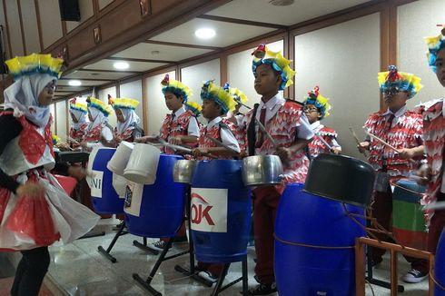 Saat Tong hingga Panci Bekas Disulap Jadi Peralatan Marching Band