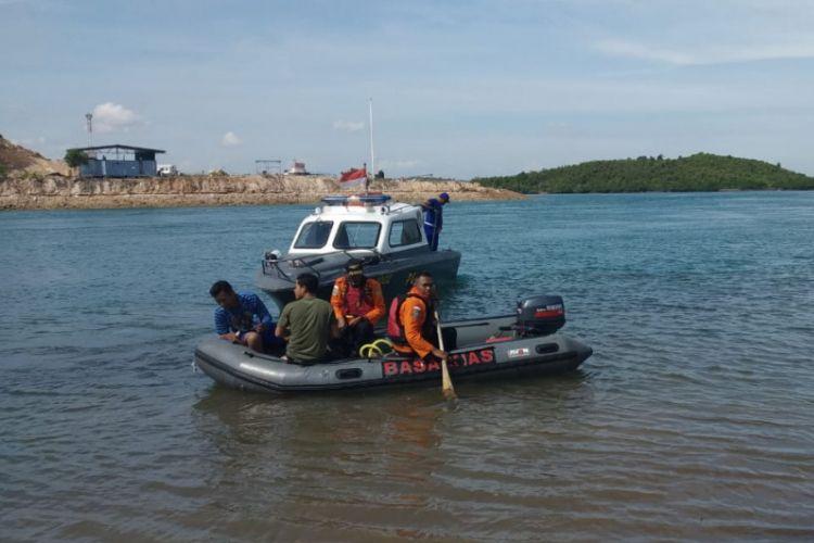 Muhammad Rafli Kurnia, pelajar SMK Negeri 7 Batam, Kepulauan Riau dilaporkan hanyut dan hilang di perairan Jembatan III Barelang, Sabtu (2/2/2019). Pencarian diteruskan karena belum juga ditemukan pada Minggu (3/2/2019).